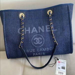 Chanel Woven Straw Medium Deauville Tote